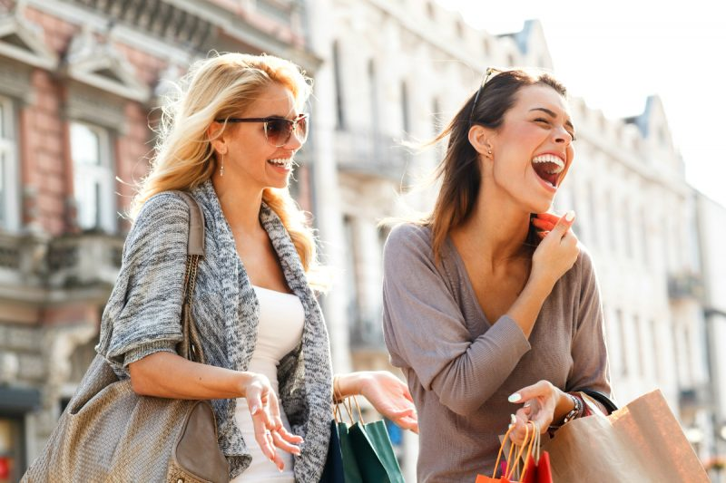 personal boutique shopping, girls enjoy their vacation #boutiqueshopping